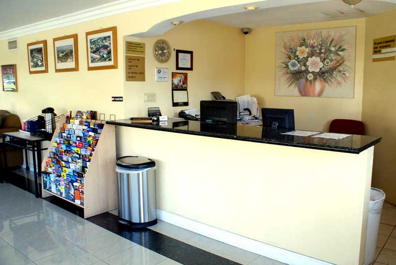 Amenities Lodging Newly Remodeled Accommodations * Buena Park California Free WiFi Hotels Lodging